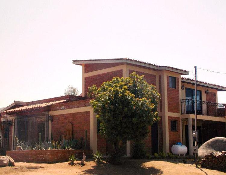 Quinta la vida properties for sale in ruta del vino for Villas quinta minas
